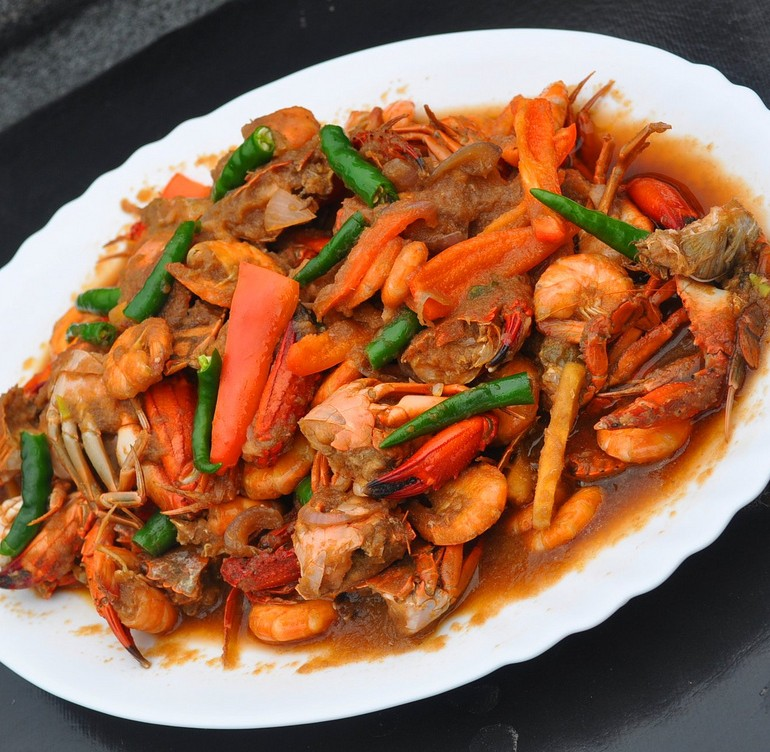 Hot Chili Crab With Shrimp