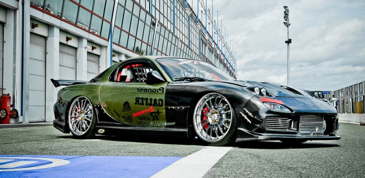 Carbon and Candy by Japan Tuning Espana